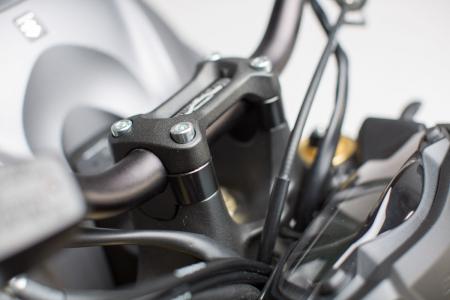 Inaltator ghidon h 20 mm. Negru Suzuki GSX-S 1000/F 2015- [0]