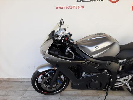 Motocicleta Yamaha R6 600cc 47CP - Y12412 [8]