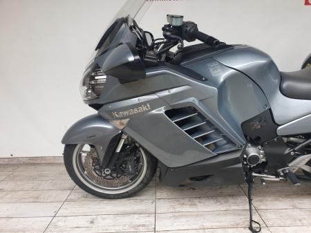 Motocicleta Kawasaki 1400 GTR 1400cc 155CP - K111938