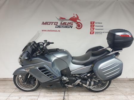 Motocicleta Kawasaki 1400 GTR 1400cc 155CP - K111936