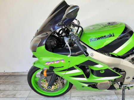 Motocicleta Kawasaki ZX-6R Ninja 600cc 109CP - K42901 [8]