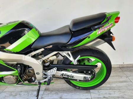 Motocicleta Kawasaki ZX-6R Ninja 600cc 109CP - K42901 [9]