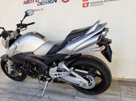 Motocicleta Suzuki GSR 600 600cc 96.5CP - S21495 [9]