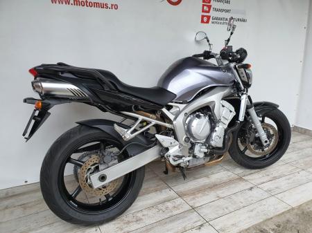 Motocicleta Yamaha FZ6 96.5CP 600cc - Superb - Y203891