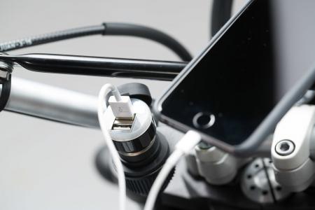 Priza Bricheta Universala, cu USB -Profesionala [3]