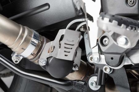 Protectie Exhaust valve Argintiu Suzuki V-Strom 1000 (14-). [2]