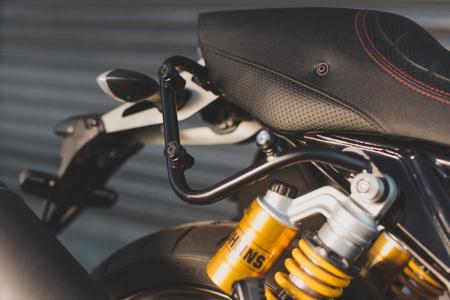 Set genti laterale Legend Gear Yamaha XJR 1300 (15-).1