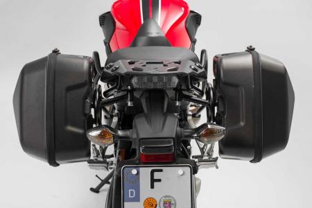 Set genti laterale Urban ABS cu sistem fixare. 2x 16 l. Honda CB650F (14-) / CBR650F (16-).3