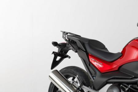 Set Side Case Negru. Trax Adv Aluminiu 37 l Pe stanga 37 l Pe dreapta. cu sistem fixareEvo pentru Honda NC 700 S / SD 2011-2
