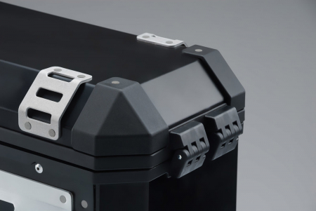Trax Ion M Side case. Aluminium. 37 l. stanga. negru2