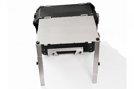 TraX Table Argintiu Aluminium. 2 blaturi de masa. Pentru TraX L / M.1