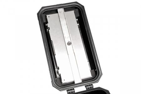 TraX Table Argintiu Aluminium. 2 blaturi de masa. Pentru TraX L / M.3