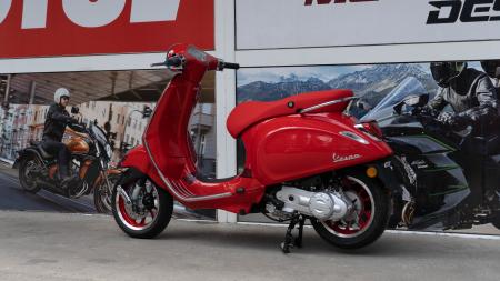 Vespa Primavera 50 (RED)®  Euro5 - PROMOTIE [10]