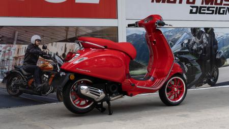 Vespa Primavera 50 (RED)®  Euro5 - PROMOTIE [4]