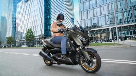 Yamaha X-Max 300 Tech Max [3]