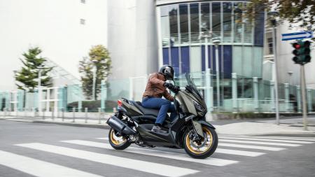 Yamaha X-Max 300 Tech Max [4]