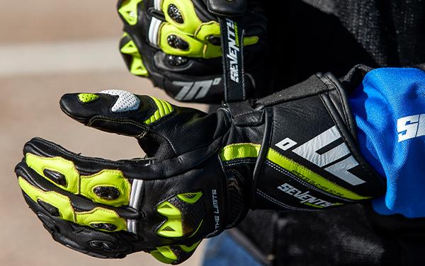 Manusi barbati racing vara Seventy model SD-R12 negru/galben [1]