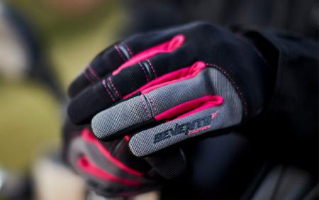 Manusi femei Urban vara Seventy model SD-C50 negru/roz – degete tactile [1]