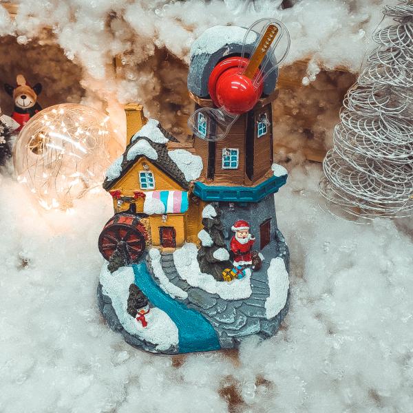 Decoratiune cu led pentru sarbatorile de iarna realizata din rasina 0