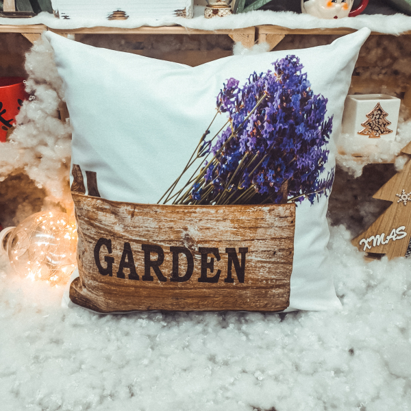 Perna decorativa cu design lavanda 0