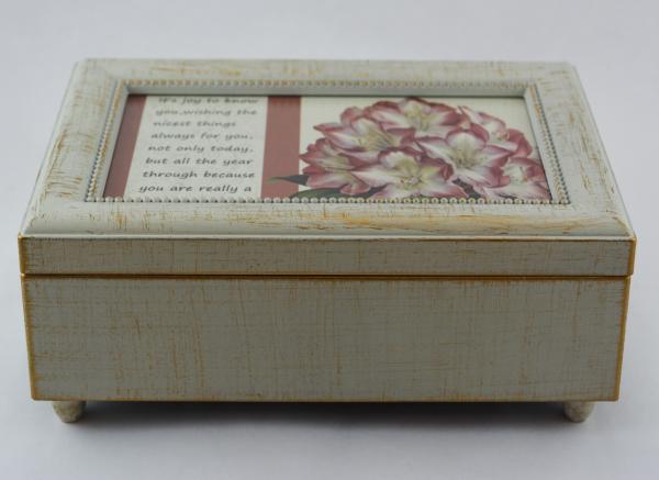 Cutie muzicala realizata din lemn pentru depozitarea bijuteriilor – Design vintage #2 0