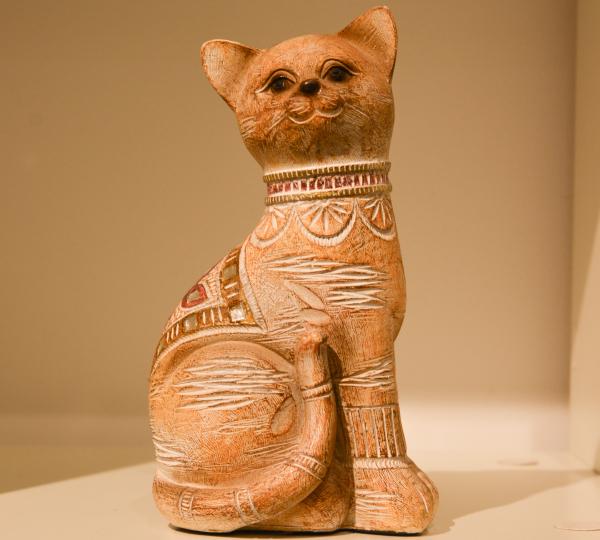 Figurina realizata din rasina in forma de pisica #3 0