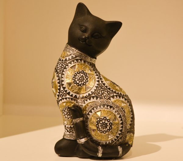 Figurina realizata din rasina in forma de pisica #4 0