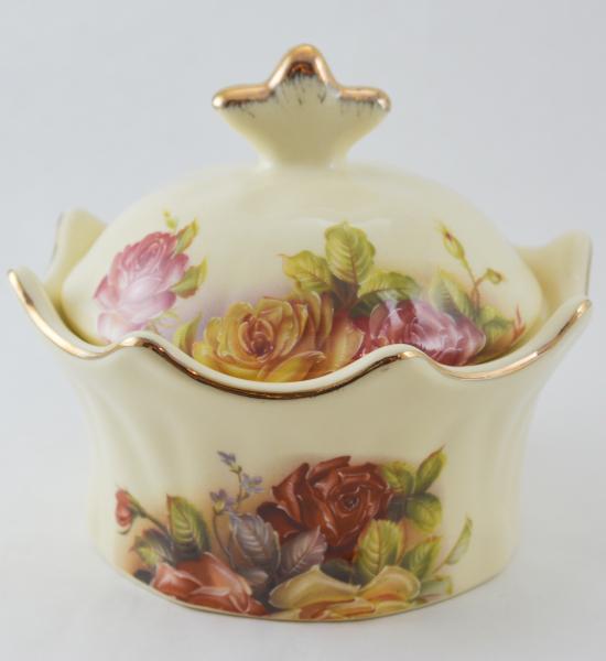 Bomboniera realizata din ceramica cu marginile poleite – Design Trandafiri 0