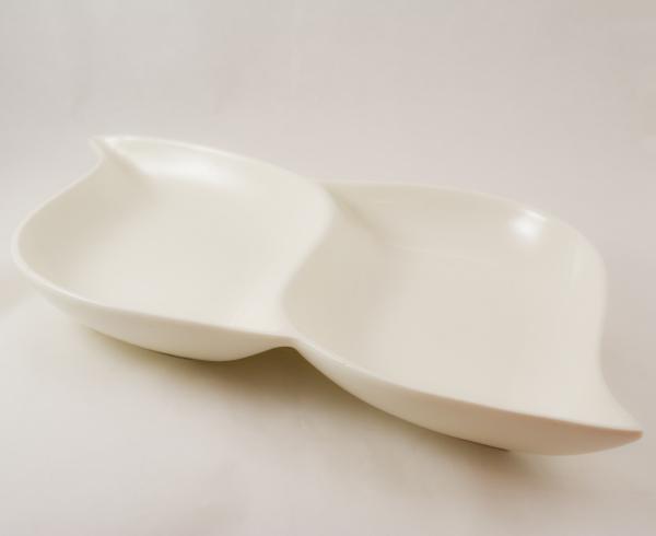 Platou realizat din ceramica 2 compartimente - Design elegant 0