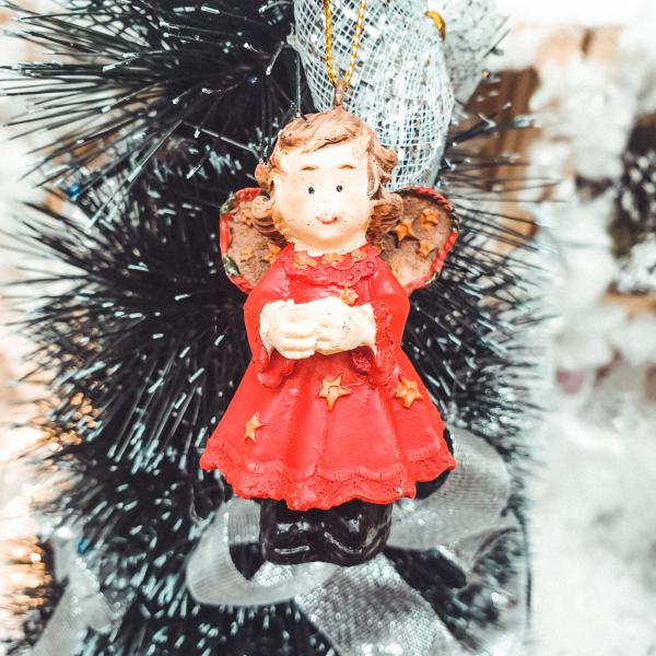 Figurina decorativa cu agatator in cutie - Model 6 [0]