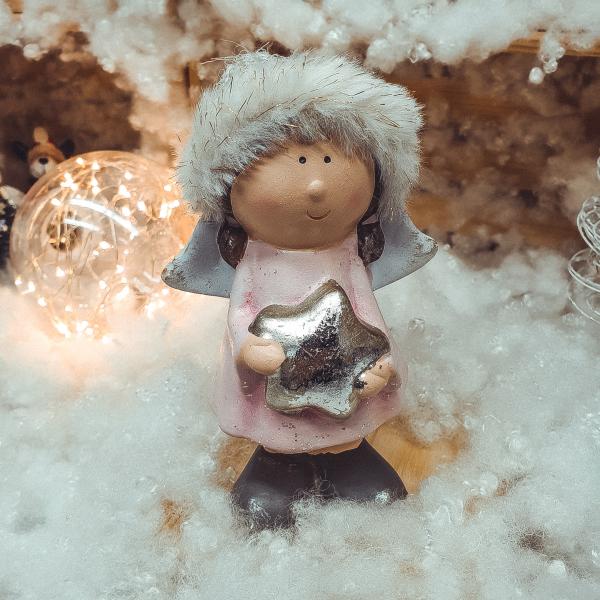 Figurina decorativa pentru Craciun realizata din ceramica si material textil – Copil 0