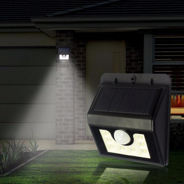 Lampa Pentru Exterior Cu Incarcare Solara Si Senzor Ever Brite 0