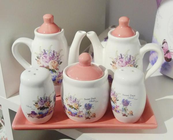 Set Oliviera Ceramica ROZ - 5 Piese - Pentru Ulei, Otet, Sare, Piper Si Zahar + Tavita 0