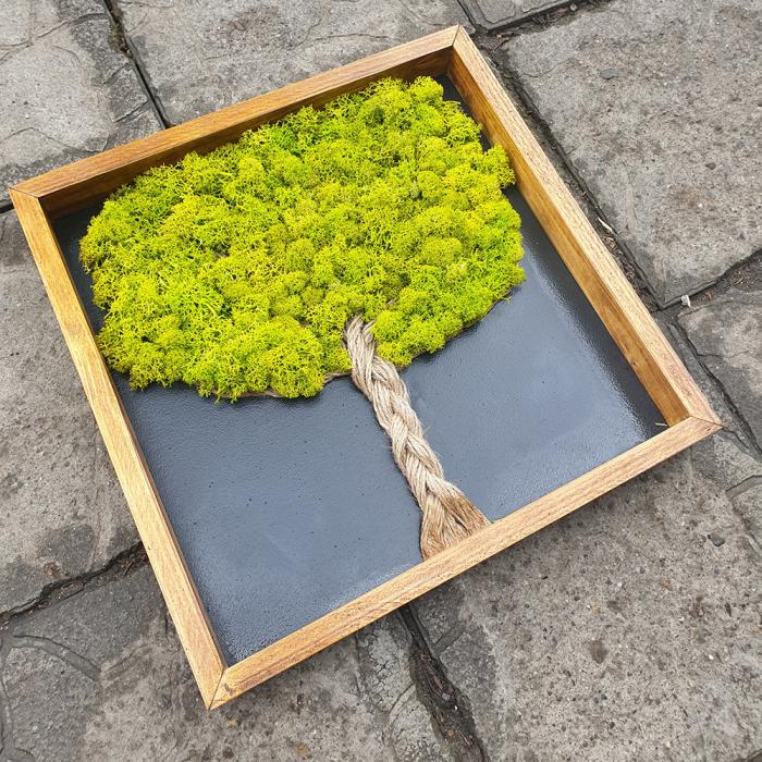 Tablou de Perete Tree din Licheni si Lemn 1