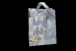 Punga pentru cadouri – Design cu lumanari si globuri