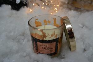 Lumanare parfumata in pahar de sticla cu aroma de scortisoara - Design Craciun2