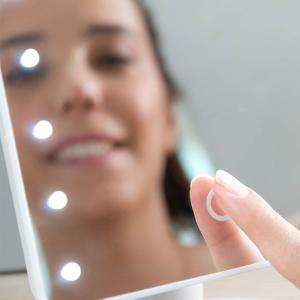 Oglinda Machiaj Cu LED Portabila Wellness Beauté - 16 Leduri [2]