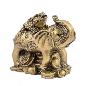 Elefant cu broasca raioasa cu trei picioare0