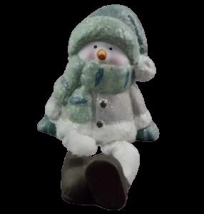 Figurina decorativa realizata din ceramica cu picioare din material textil – Om de zapada1