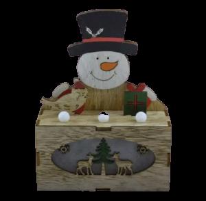 Ornament cu led realizat din lemn - Om de zapada1