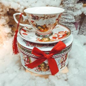 Set cana de craciun cu farfurie realizata din ceramica in cutie cadou – Design Mos Craciun0