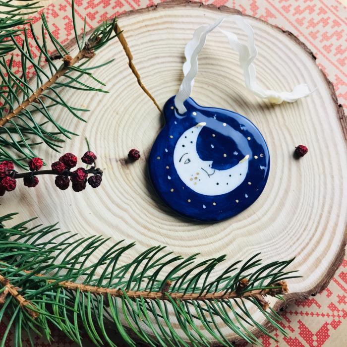 Gruni - ornament albastru brad semilună 2