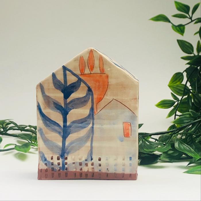Căsuță mare pictată manual Little Houses model 2 0