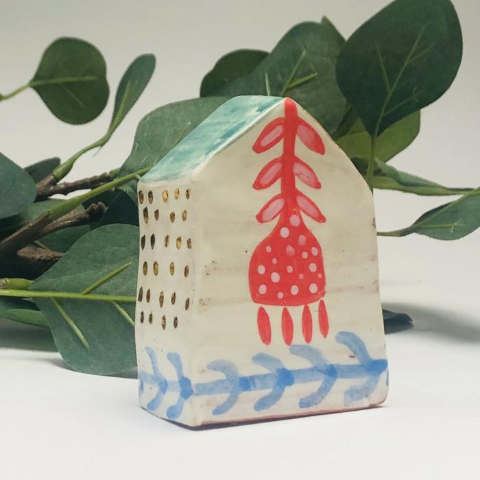Căsuță mare pictată manual Little Houses model 3 0