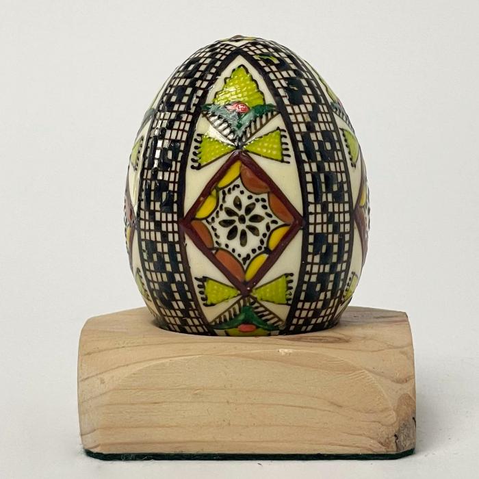 Ou încondeiat model 56 0