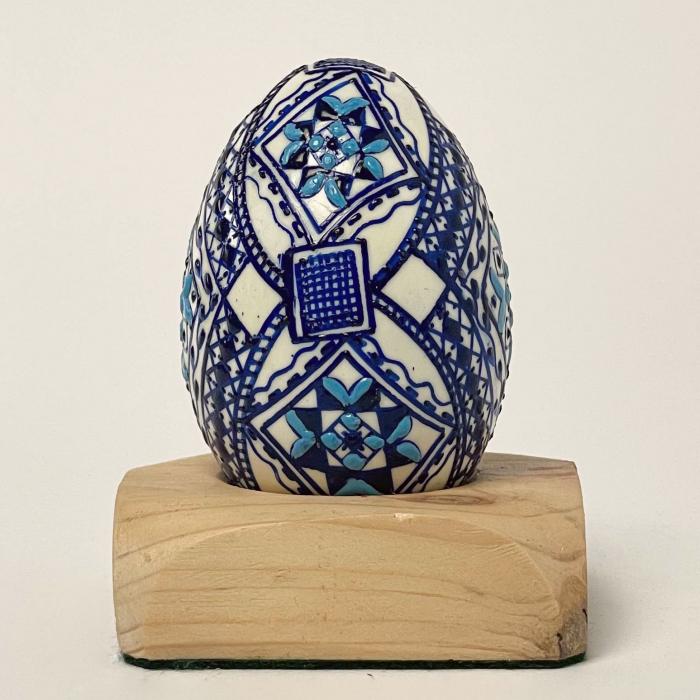 Ou încondeiat model 74 0