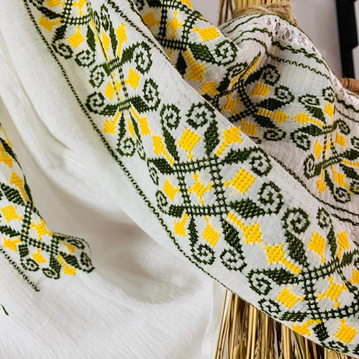 Ie mânecă lungă motiv Coarnele Berbecului galben-verde 1
