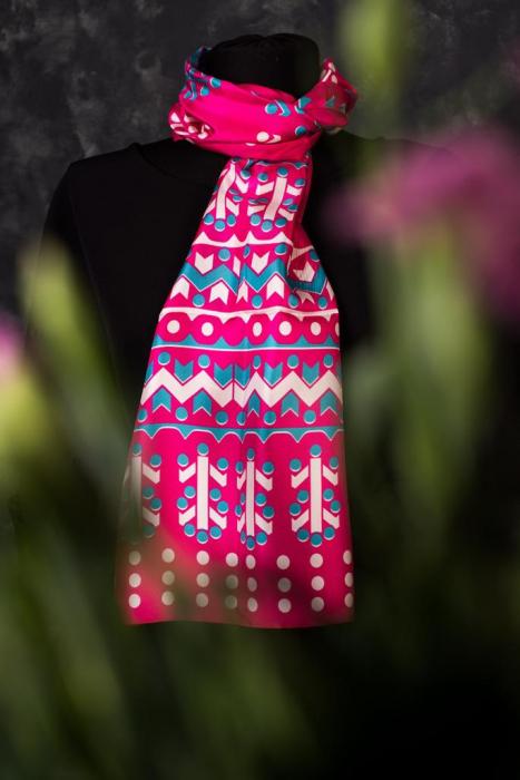 Eșarfă twill din mătase naturală Minunat by Irina, fucsia, 140 x 33 cm 1