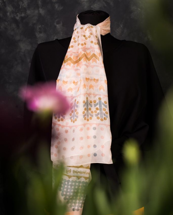 Eșarfă muselină din mătase naturală Minunat by Irina, Foto Pastel, 140 x 44 cm 0