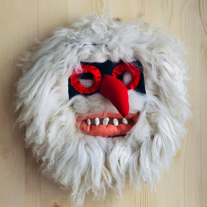 Mască decorativă tradițională model 6 0